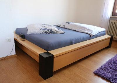 Bett vom Schreiner